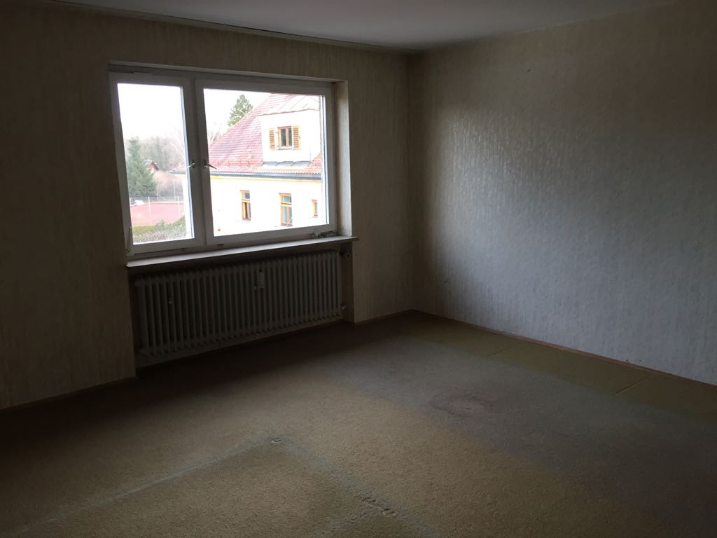 Entrümpelung 5-Zimmer Wohnung mit Keller und 2 Bäder in München